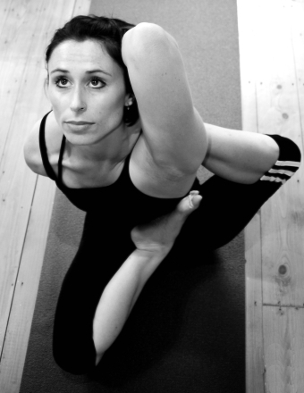 Tania Bond in Viranchyasana-a
